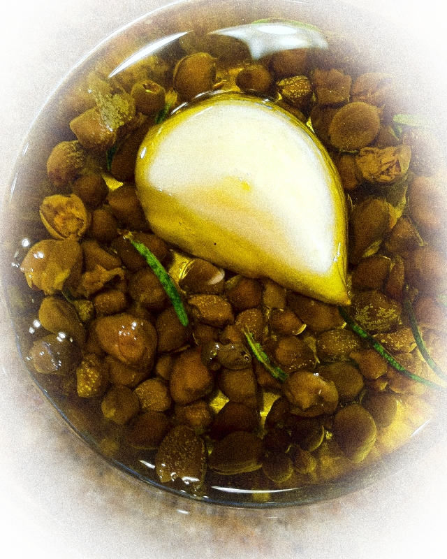 capers and garlic vignette