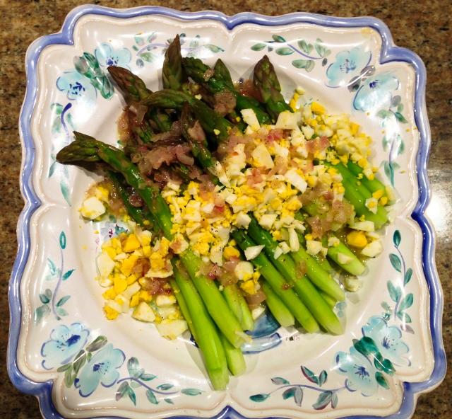 asparagus and chopped egg