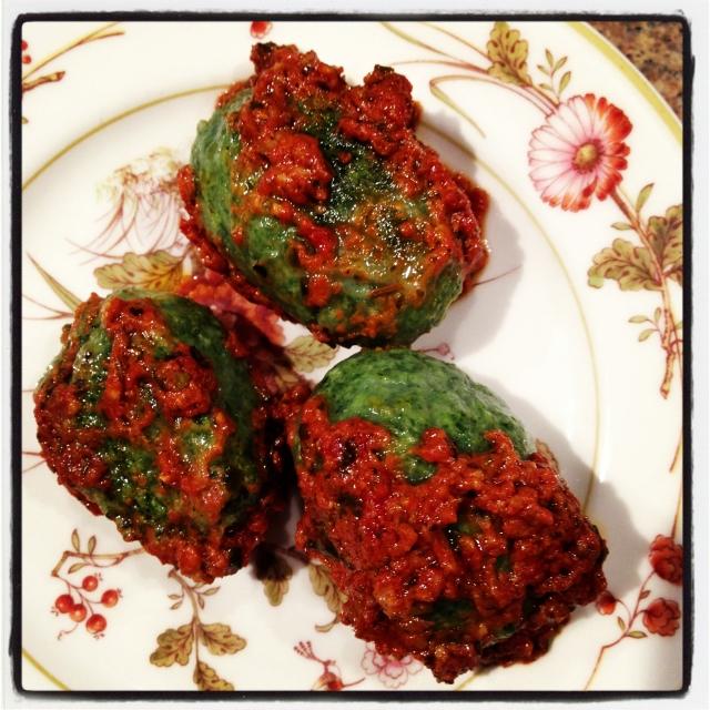 3-Gnudi and sauce on plate-28