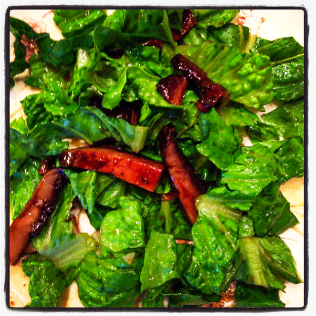 roasted portobello with romaine leaves