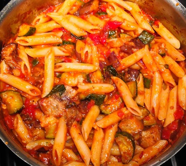 stir pasta into sauce-32
