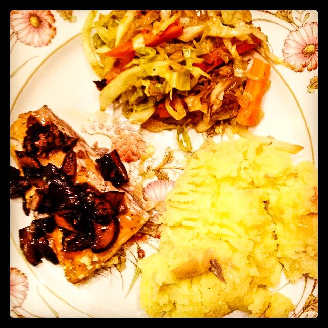 dinner plate-30
