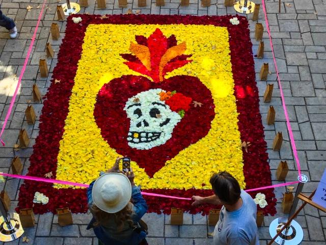 rose petal Halloween mosaic