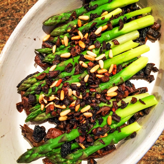 asparagus mushrooms and pine nuts-19