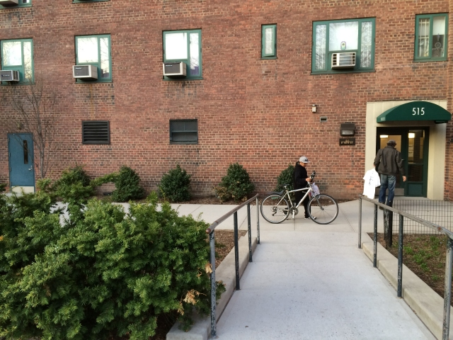 515 bicycle entrance