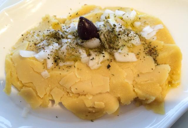 fava+pure%CC%81e+and+onions-3295023476-O