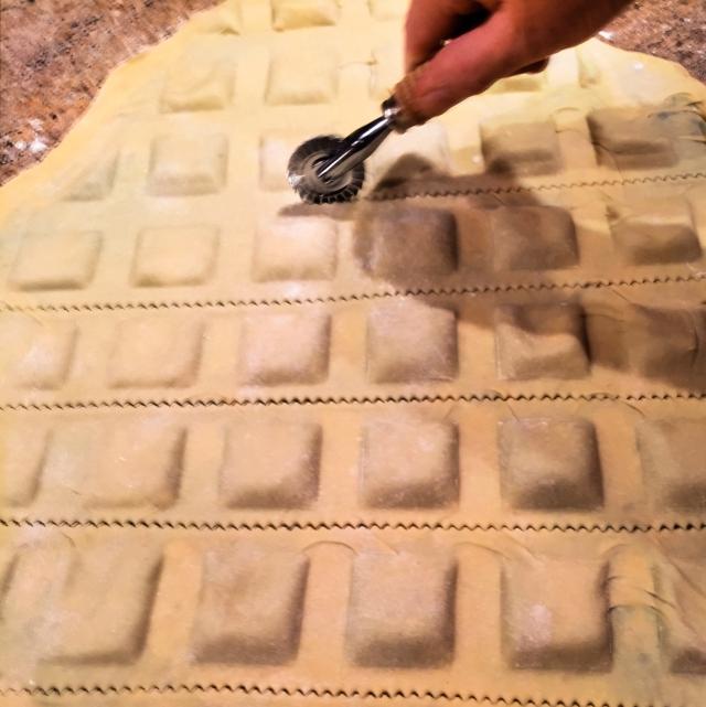 ravioli cutter
