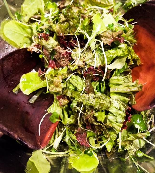 salad-with-microgreens